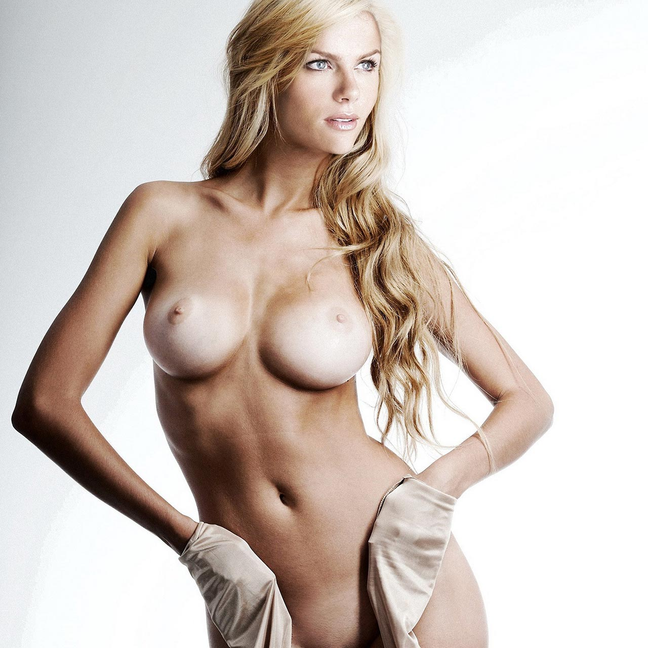 Brooklyn Decker In Hot Lingerie