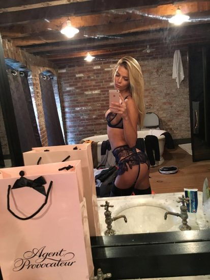 Danielle Knudson sexy leaked