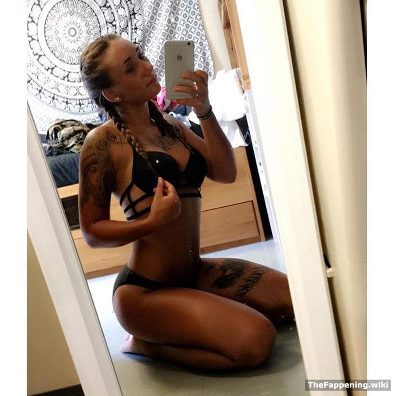 US marines nude scandal LEAKED photos