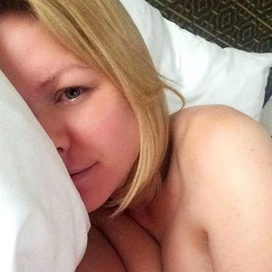 Carrie Keagan Nude Boobs on Topless Photos !