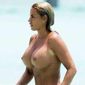 Katie Price Topless — Nude Massive Tits on The Beach !