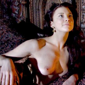 Natalie Dormer Juicy Boobs And Sex In The Tudors Series