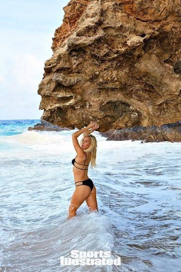 Paige Spiranac Nude LEAKED Photos & Sex Tape Porn Video 21