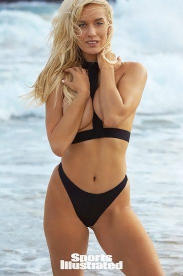 Paige Spiranac Nude LEAKED Photos & Sex Tape Porn Video 27