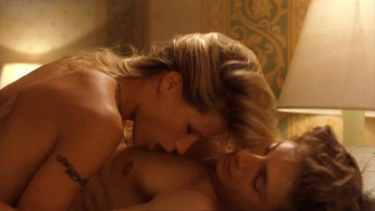 Michelle Hunziker naked sex scene