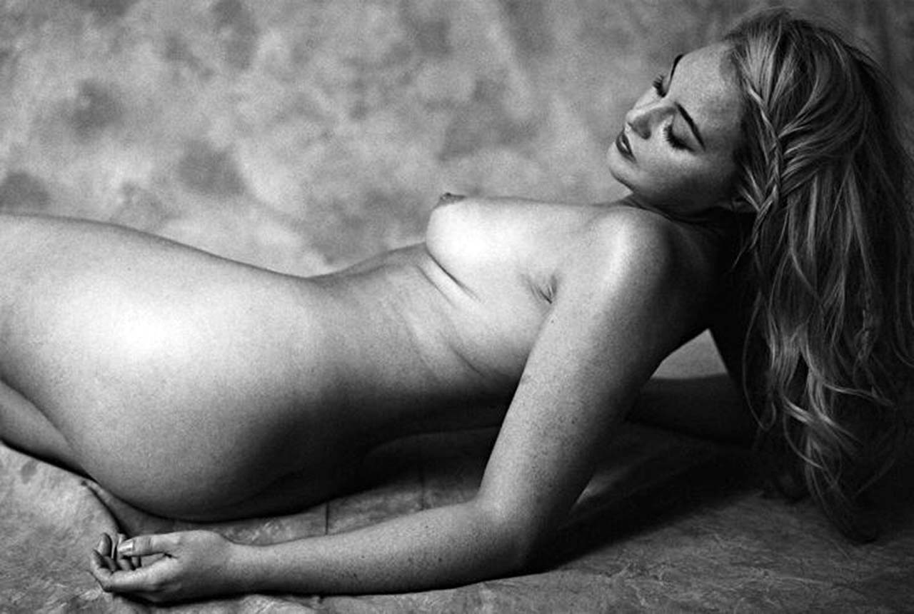 Iskra Lawrence Nude & Topless Pics And LEAKED Porn 2