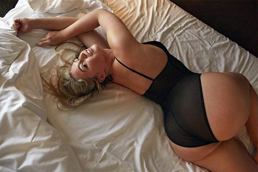 Iskra Lawrence Nude & Topless Pics And LEAKED Porn 26