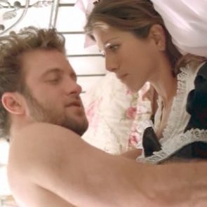 Jennifer Aniston Hot Sex On The Bed In Friends With Money Movie