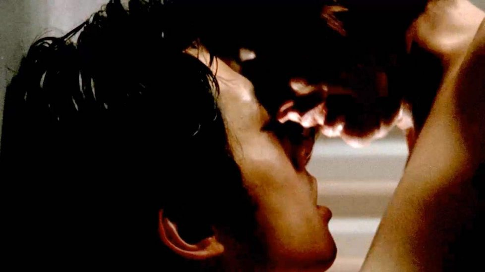Lauren Cohan kissing with man during sex