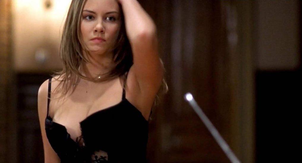 Lauren Cohan Nude, LEAKED Sex Tape PORN Video & Topless Scenes 3
