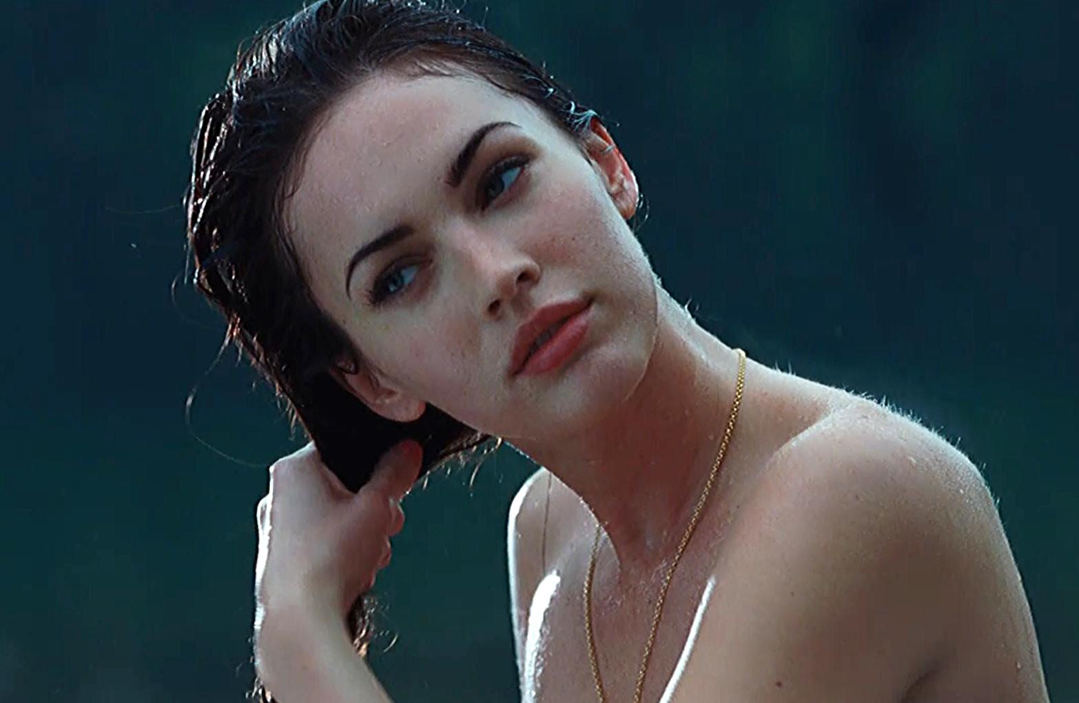Film Celeb Porn megan fox nude scene in jennifers body movie - free video