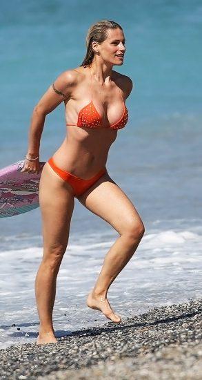 Michelle Hunziker NUDE & Topless Pics And Sex Scene 15