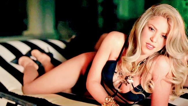 Shakira Nude Pics & LEAKED Blowjob Porn Video 144