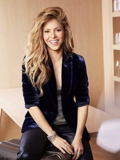 Shakira Nude Pics & LEAKED Blowjob Porn Video 49