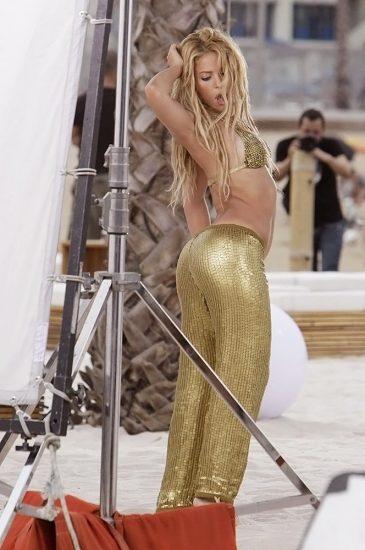 Shakira Nude Pics & LEAKED Blowjob Porn Video 59