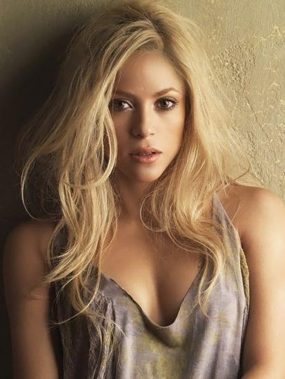 Shakira Nude Pics & LEAKED Blowjob Porn Video 70
