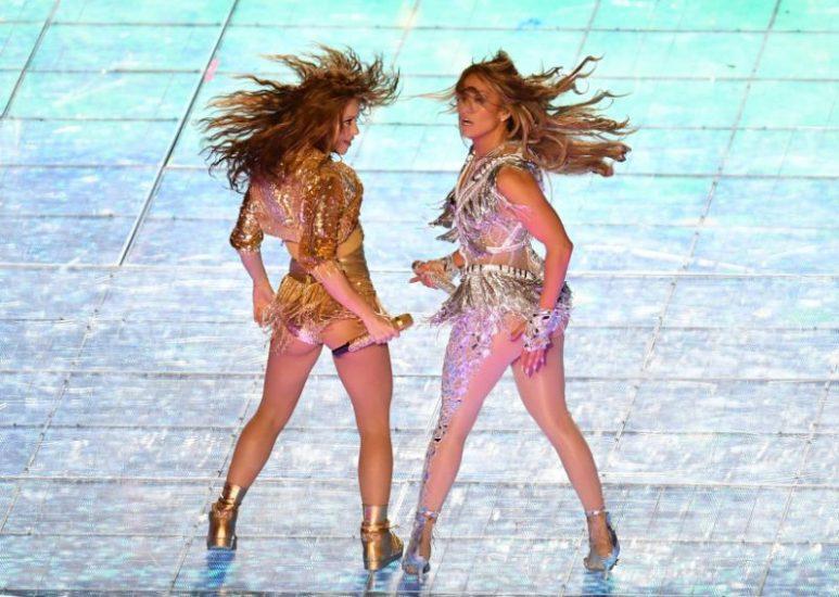 Shakira Nude Pics & LEAKED Blowjob Porn Video 139