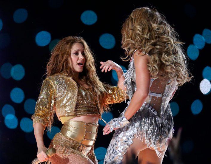 Shakira Nude Pics & LEAKED Blowjob Porn Video 140