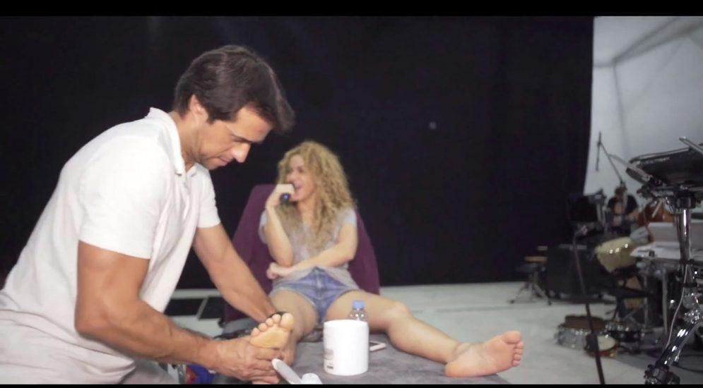 Shakira Nude Pics & LEAKED Blowjob Porn Video 197