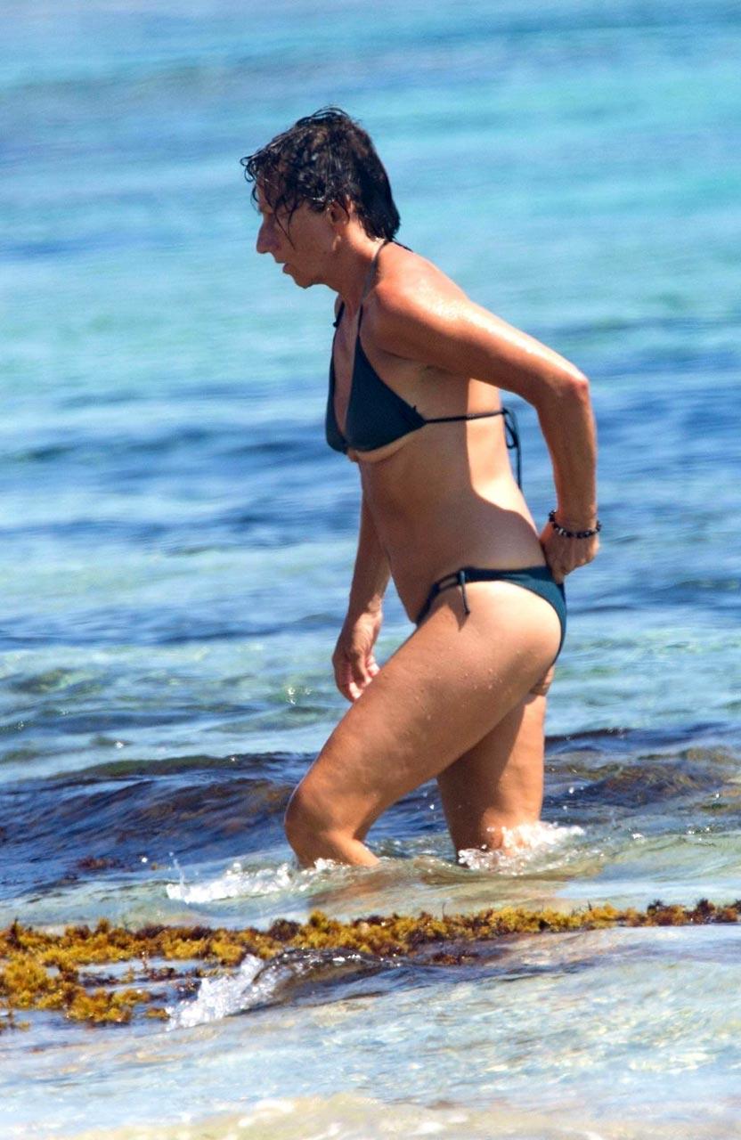 Italian Singer Gianna Nannini Topless Pics - Scandal Planet