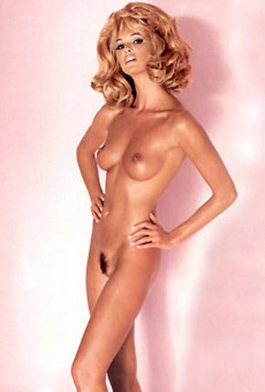 Elle Macpherson Nude and Lesbian Sex Scenes 8