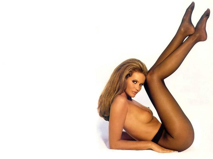 Elle Macpherson Nude and Lesbian Sex Scenes 12