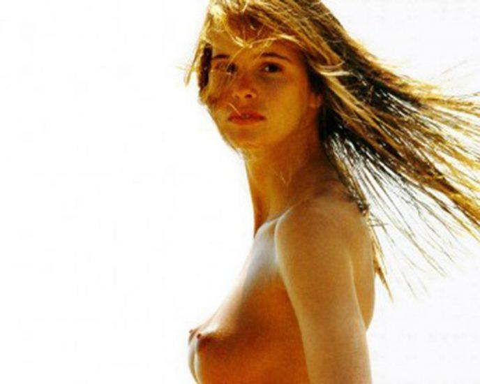 Elle Macpherson Nude and Lesbian Sex Scenes 19