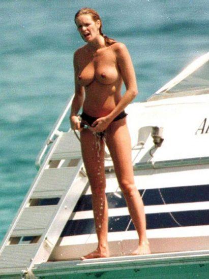 Elle Macpherson Nude and Lesbian Sex Scenes 20