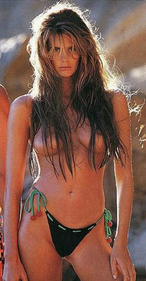 Elle Macpherson Nude and Lesbian Sex Scenes 24