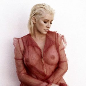 Christina Aguilera Topless Photo Shooting