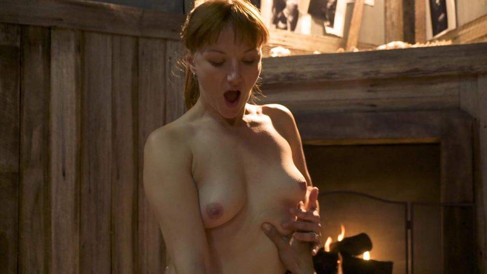 Mary Mitchel  nackt