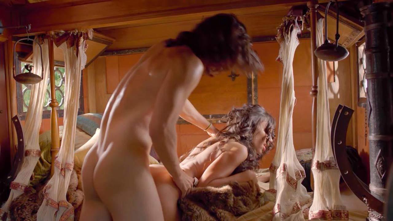 drunk girls nude dares