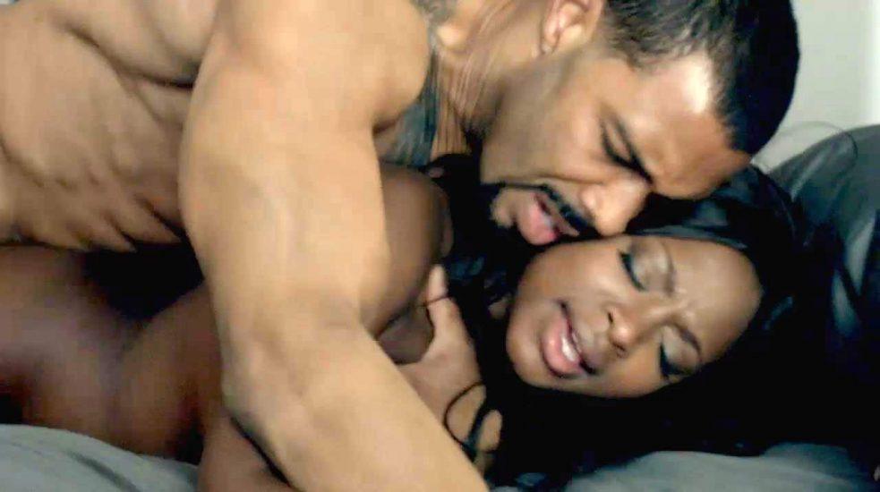 Naturi Naughton NUDE Sex Scenes Compilation & Hot Pics 16
