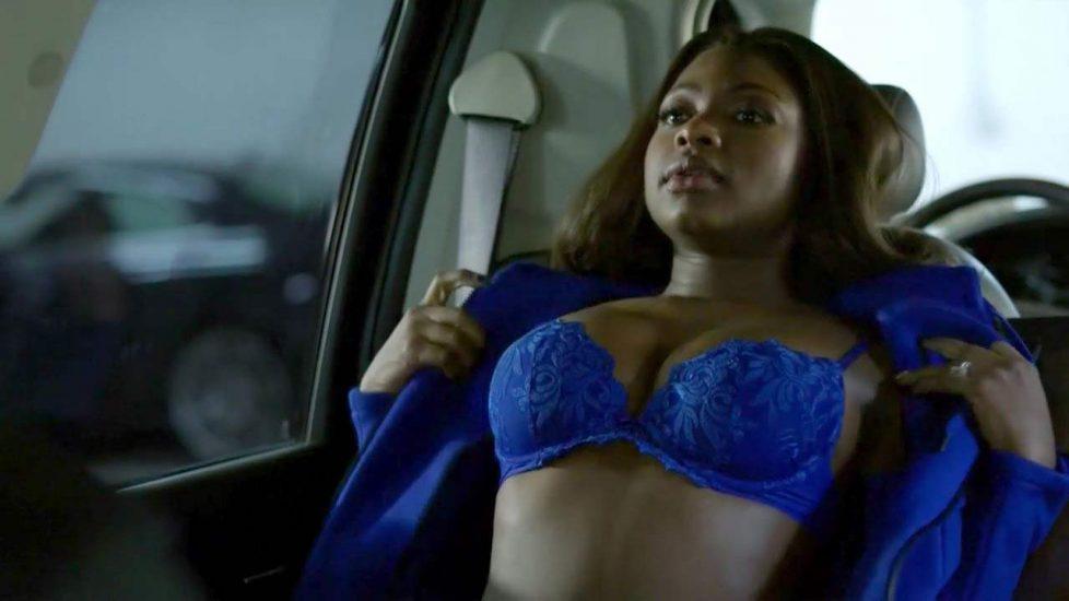 Naturi Naughton sexy blue bra