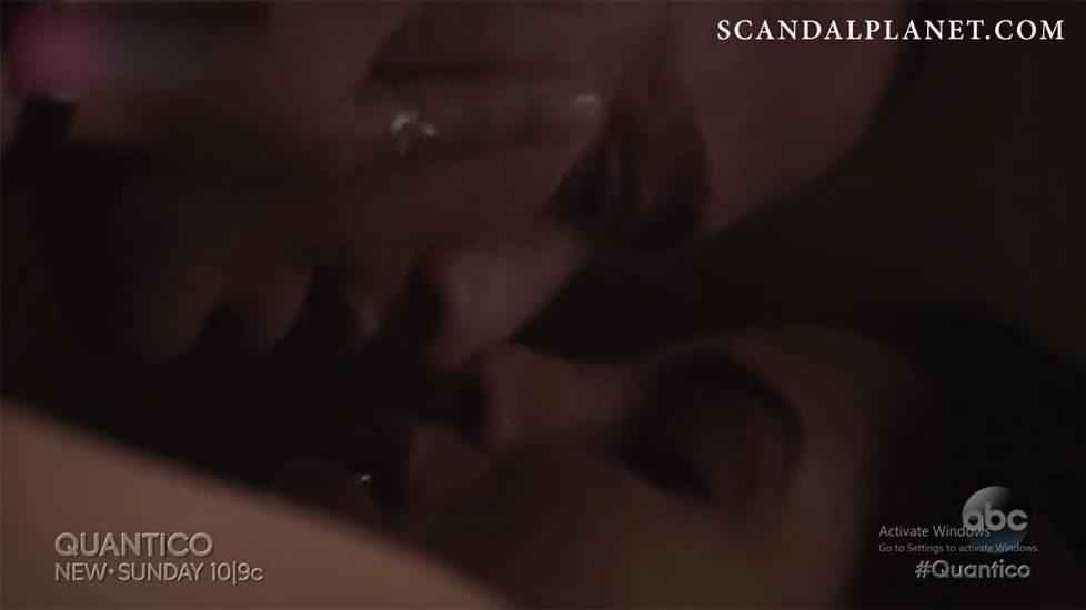 Priyanka Chopra Nude in LEAKED Porn Video 8