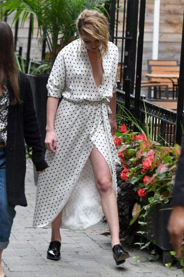 Amber Heard hot cleavage