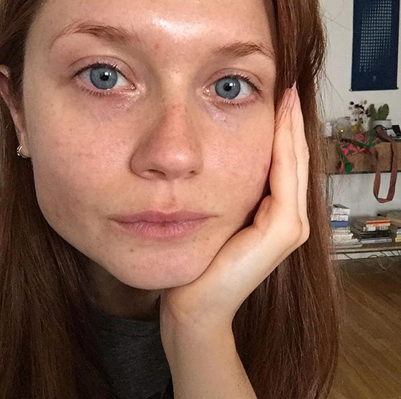 Bonnie wright gets naked