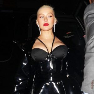 Christina Aguilera Cleavage is Big !