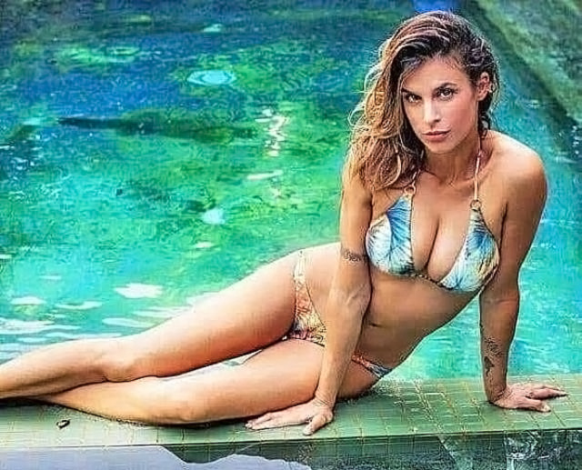 Elisabetta Canalis Nude & Topless ULTIMATE Collection 99