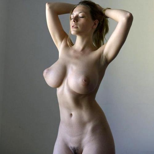 Best naked boob pics
