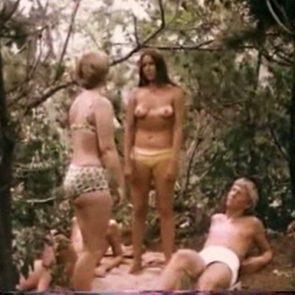 naked Barbra hersey