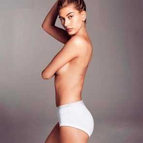 Hailey Baldwin nude