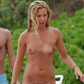 Cameron diaz topless beach