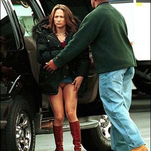 Jennifer Lopez Nude Pics and Naked Sex Videos 45