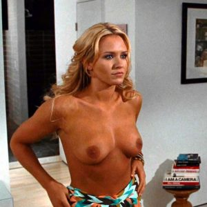 Nicky Whelan Naked Tits Scene from 'Hall Pass'