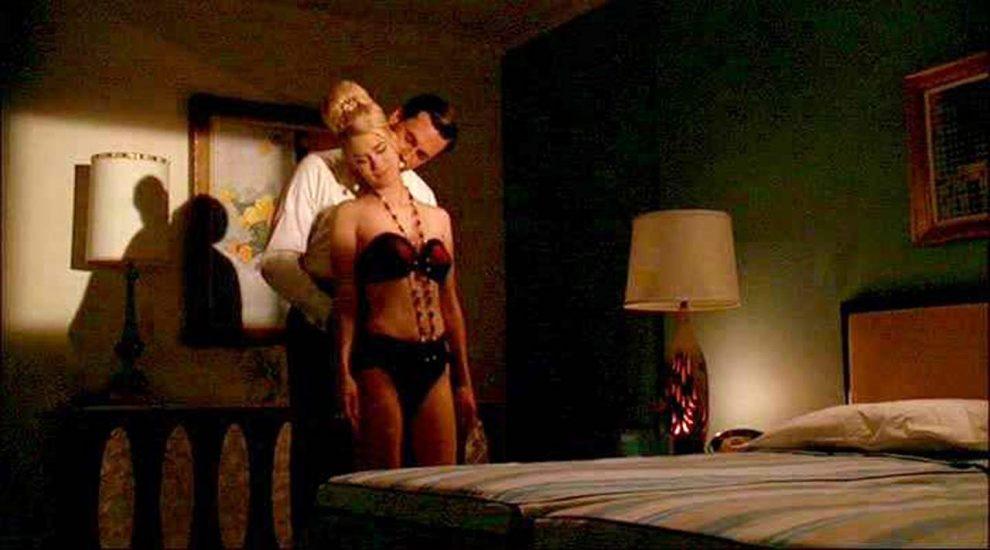 January Jones Nude Pics & LEAKED Porn + Topless Scenes 34