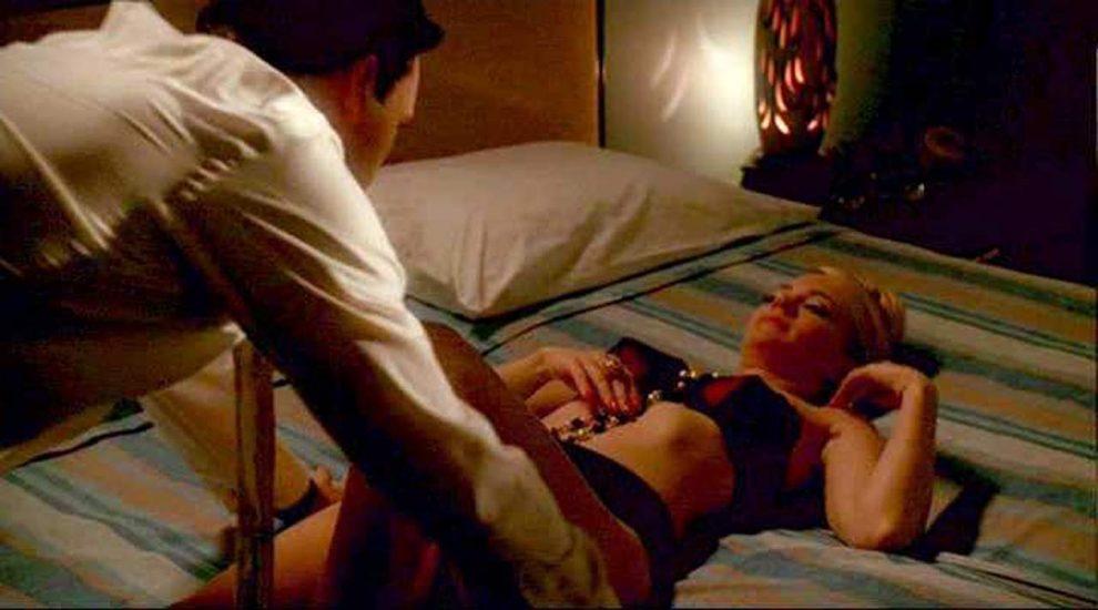 January Jones Nude Pics & LEAKED Porn + Topless Scenes 36