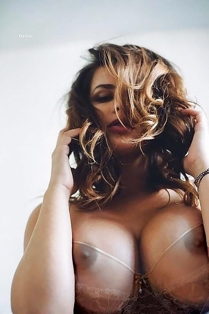 Anastasiya Kvitko Обнаженная Грудь