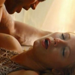 Blake Lively sex as her mouth open
