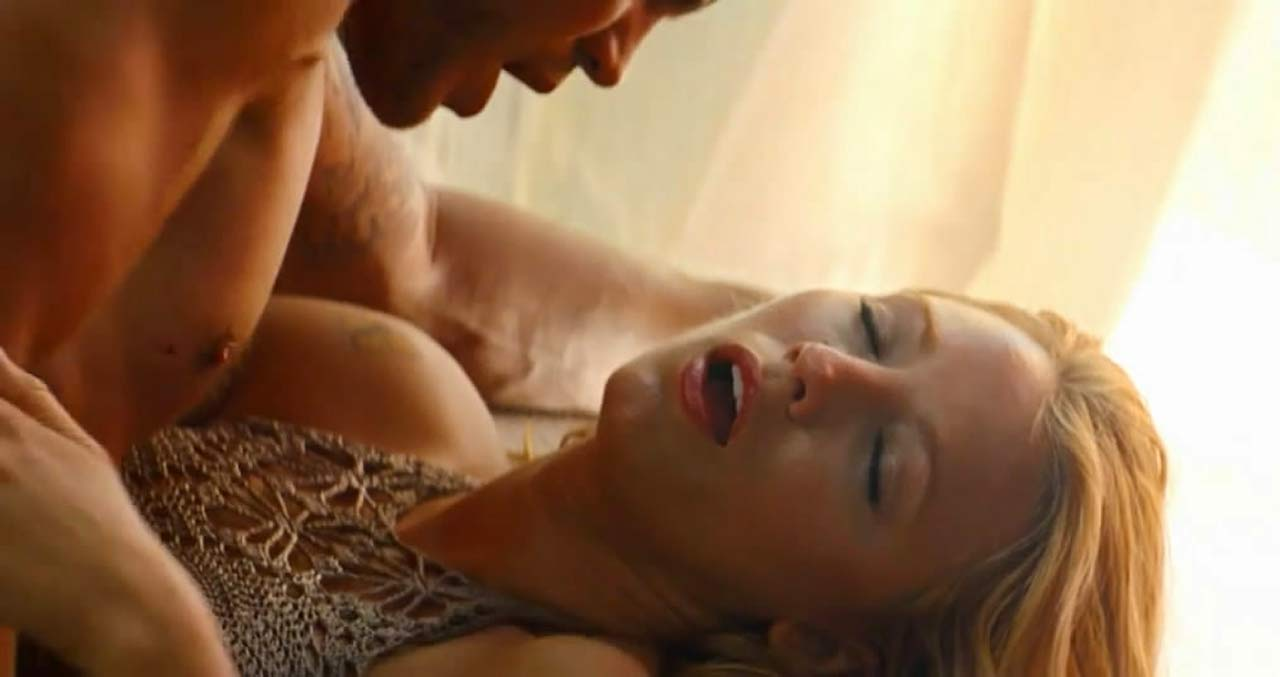 Savages blake lively sex scene